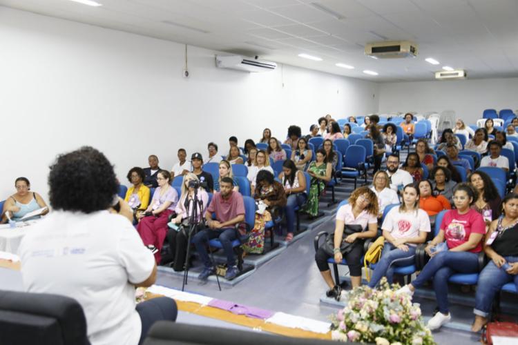 A 1ª Jornada Metropolitana de Enfrentamento da Violência contra a Mulher foi organizada pelo Centro de Referência Lélia Gonzalez (CRLG), órgão da Secretaria de Políticas para Mulheres do município. - Foto: Divulgação
