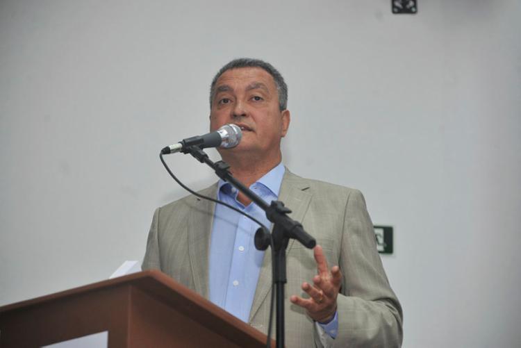 Rui disse que o PT deveria esquecer o Lula Livre na hora de firmar alianças partidárias - Foto: Felipe Iruatã | Ag. A TARDE