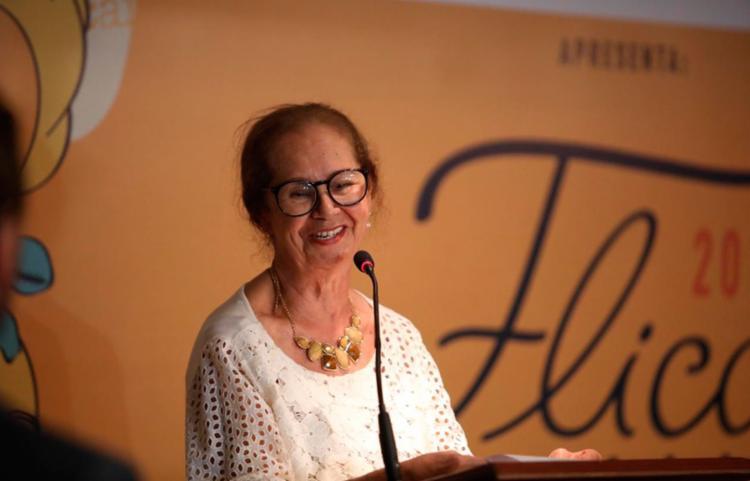 Gláucia Lemos completa 40 anos de dedicação à literatura - Foto: Felipe Iruatã | Ag. A TARDE