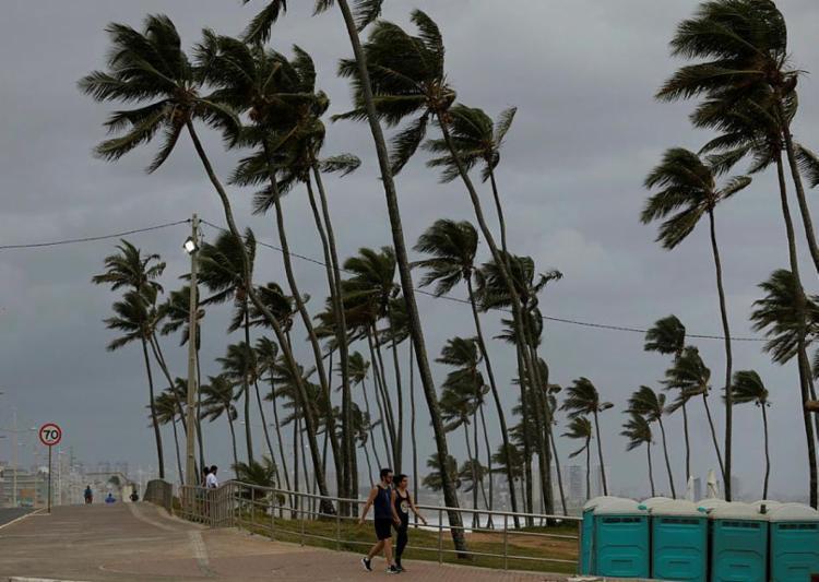 Ventos de direção sul a Leste devem atingir a Bahia e o Espírito Santo - Foto: Adilton Venegeroles | Ag. A TARDE