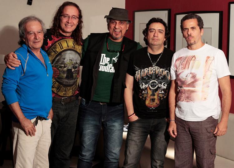 Repertório conta com um mix de músicas autorais e sucessos de outros artistas - Foto: Divulgação