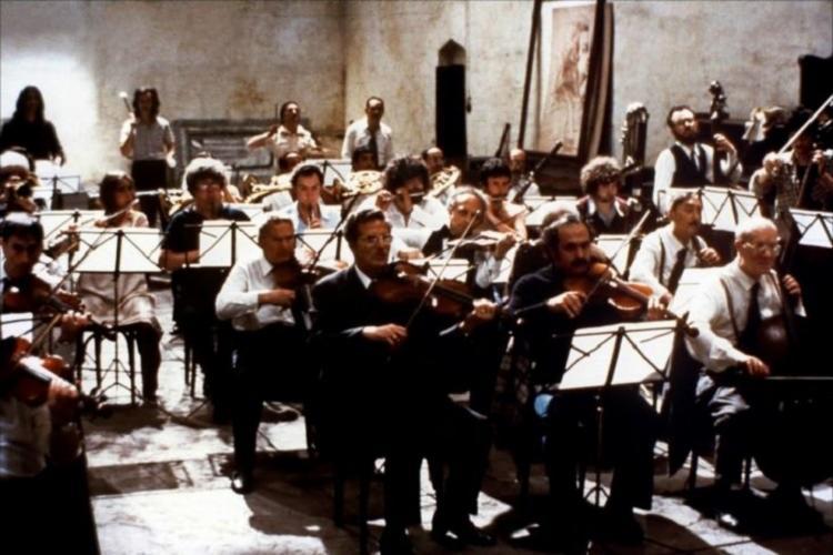 Filme faz uma sátira dos ensaios de uma orquestra - Foto: Divulgação