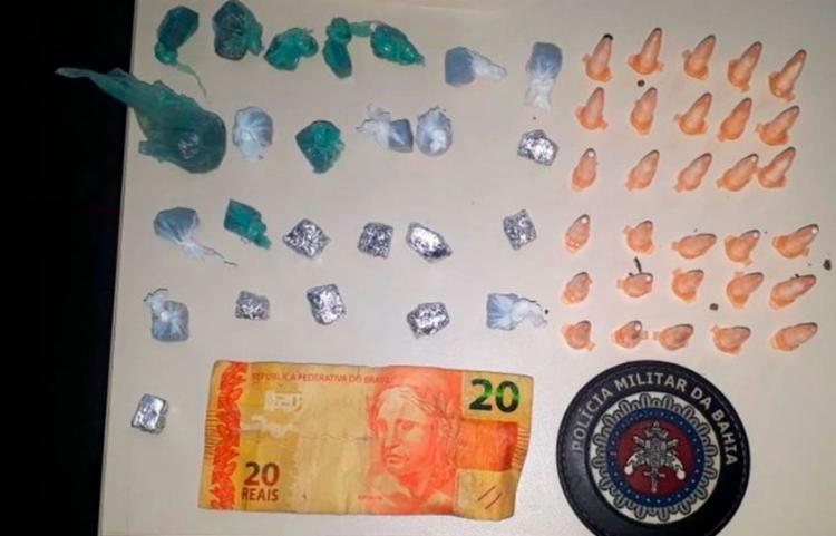 Material encontrado com a jovem durante ronda policial - Foto: Divulgação | PM