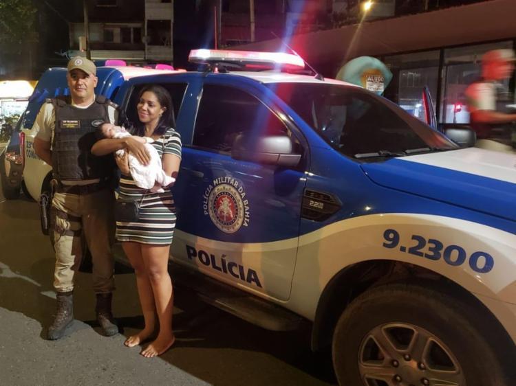 Bebê estava dentro do carro quando o veículo foi roubado - Foto: Divulgação   Polícia Militar
