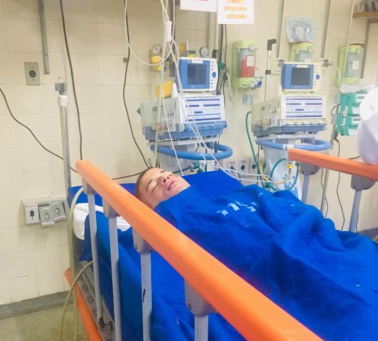 Cayan chegou a ficar em coma devido a um traumatismo crânio-encefálico