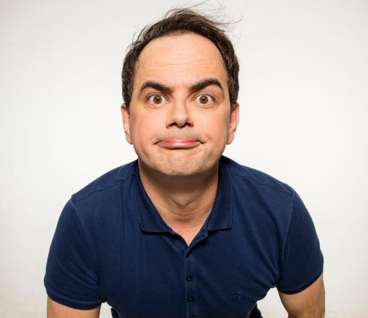 Humorista é conhecido pelo trabalho no programa Pânico - Foto: Divulgação