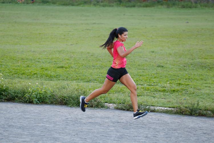 Para quem começou cansando com 100 metros de corrida, Taiana agora voa - Foto: Taiana Brito   Arquivo pessoal