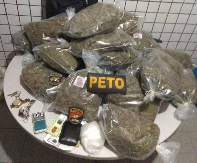 Material apreendido pela polícia com os suspeitos - Foto: Divulgação | SSP