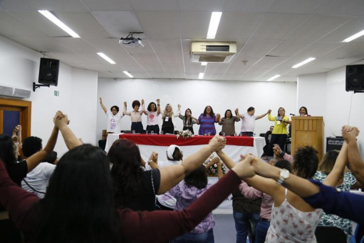 A 1ª Jornada Metropolitana de Enfrentamento a Violência Contra a Mulher, em Lauro de Freitas, prossegue nesta quarta-feira (18). - Foto: Lucas Lins_divulgação
