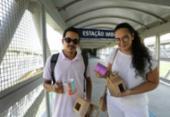 Estações do metrô viram pontos de entrega de produtos vendidos pela web | Foto: Joá Souza | Ag. A TARDE