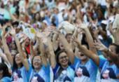 Milhares de fiéis participam de celebração em homenagem a Santa Dulce em Salvador | Foto: Raul Spinassé