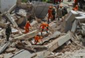 Pelo menos três sobreviventes estão sob escombros de prédio que ruiu em Fortaleza | Foto: Rodrigo Patricio | AFP