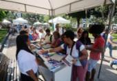 Ação distribui 40 mil livros gratuitos na praça Dois de Julho | Foto: Jefferson Peixoto | Secom