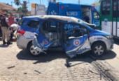 Policiais ficam feridos após viatura colidir com ônibus | Foto: Cidadão Repórter via WhatsApp