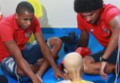 Hospital Martagão Gesteira recebe visita de jogadores do Vitória | Foto: Divulgação