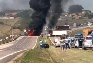 Assalto a empresa de valores interdita rodovia e causa caos em Viracopos |