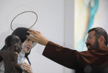 Auréola é o símbolo que reconhece Irmã Dulce como santa | Felipe Iruatã | Ag. A TARDE