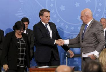 Bolsonaro diz que 13º do Bolsa Família mostra que governo quer manter programa | Wilson Dias l Agência Brasil