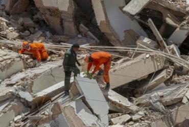 Sobem para seis os mortos do desabamento de prédio em Fortaleza | Rodrigo Patrocinio | AFP