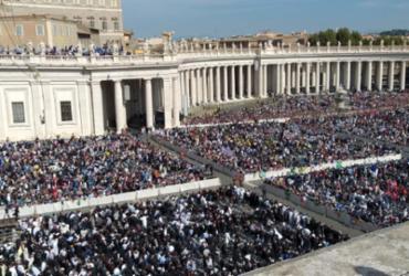Cerimônia de canonização de Irmã Dulce no Vaticano |