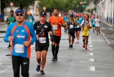 Corrida dos Médicos tem percurso de 6 km na orla da Barra-Ondina |