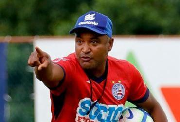 Roger esboça time do Bahia para jogo contra o Athletico | Felipe Oliveira | EC Bahia