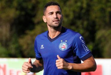 Após ser poupado, Gilberto volta a treinar no Fazendão | Felipe Oliveira | EC Bahia