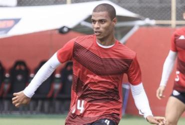 Lucas Cândido retorna aos treinos com bola na Toca do Leão | Letícia Martins | EC Vitória