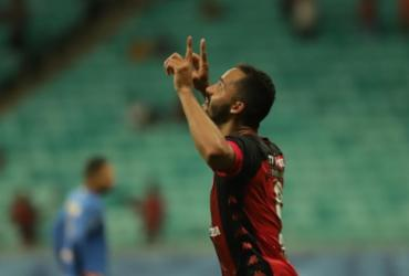 Veja imagens de Vitória x Sport pela Série B |