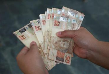 Poupança 'antiga' rende 6,17% e bate outros investimentos conservadores   Joá Souza   Ag. A TARDE
