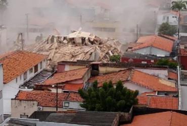 Prédio residencial de sete andares desaba em Fortaleza | Coronel Nijair | Corpo de Bombeiros