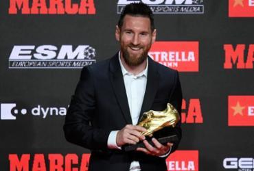 Messi recebe sua 6ª Chuteira de Ouro; a terceira consecutiva do argentino | Josep Lago | AFP
