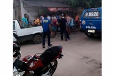 Homem é executado a tiros dentro de bar no interior da Bahia |