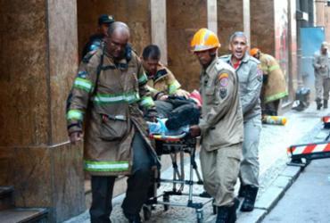 Três bombeiros morrem ao tentar apagar incêndio em boate no centro do Rio |