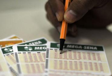 Mega-Sena sorteia nesta quarta-feira prêmio de R$ 34 milhões   Marcello Casal Jr.  Agência Brasil