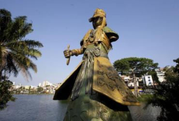 Escultura tem braço arrancado no Dique do Tororó | Adilton Venegeroles | Ag. A TARDE