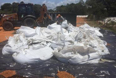 Mata de São João envia óleo retirado das praias para armazenagem segura