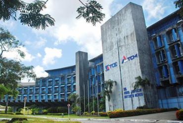 TCM congratula A TARDE pelos 107 anos | Divulgação | TCE