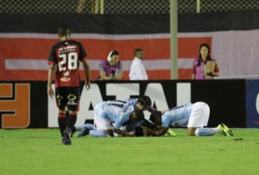 Vitória volta a jogar mal, perde do Londrina no Barradão e se complica | Adilton Venegeroles | Ag. A TARDE