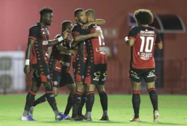 Com 2 de Caicedo, Vitória bate Oeste na volta ao Barradão e sai do Z-4 | Adilton Venegeroles l Ag. A TARDE