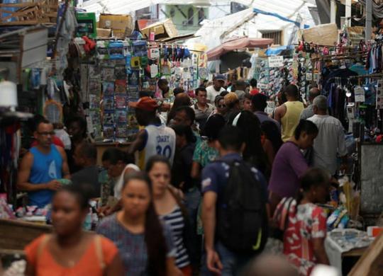 Desemprego recorde desafia futura gestão | Raul Spinassé | Ag. A TARDE
