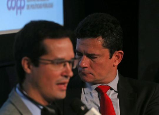 Denúncias da 'Vaza Jato' viraram livro   Hélvio Romero   Estadão Conteúdo