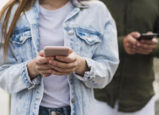 Um em cada quatro adolescentes brasileiros é dependente de Internet, aponta estudo | Divulgação | Freepik