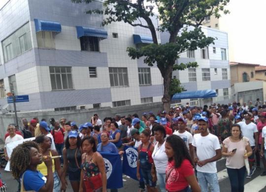 Grupo de pescadores ocupa sede do Ibama em Salvador | Bruno Brito | Ag. A TARDE
