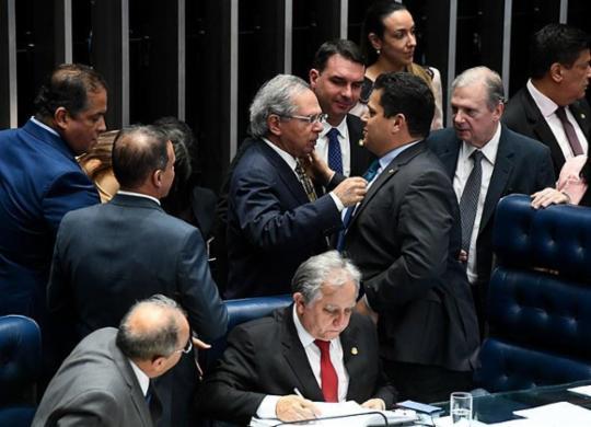 Governo recua e Senado conclui votação da reforma com alteração proposta pelo PT | Marcos Oliveira | Agencia Senado