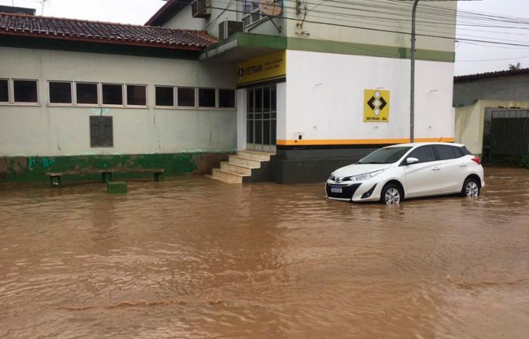 Moradores de bairros periféricos relataram transtornos devido ao grande volume de água - Foto: Blog Marcos Frahm