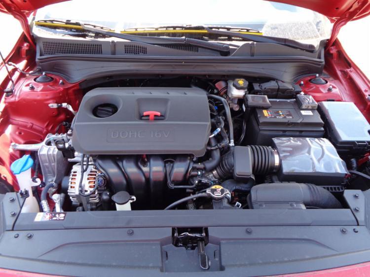 Motor 2.0 tem duplo comando e produz 167 cv a 6.200 rpm