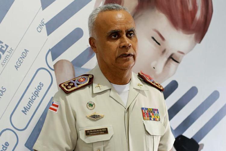 Comandante negou qualquer possibilidade de greve - Foto: Raul Spinassé   Ag. A TARDE
