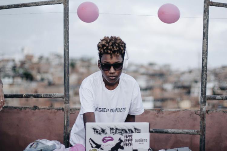 DJ Belle é uma das atrações do baile - Foto: Divulgação