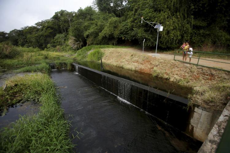 Barragem de Pituaçu está localizada na região do Bate-Facho, bairro do Imbuí - Foto: Raul Spinassé | Ag. A TARDE